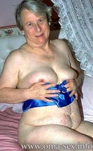 Omafick6-185x300 in Omasex über 70: der Sex mit einmaligen Spass-Faktor