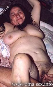 Omafick8-185x300 in Reife MILFs, geile Omas und fickbare GILFs suchen private Sexkontakte