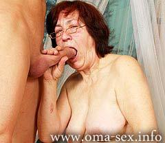 Omasblasen04 in Oma Sex: Lust oder Frust?