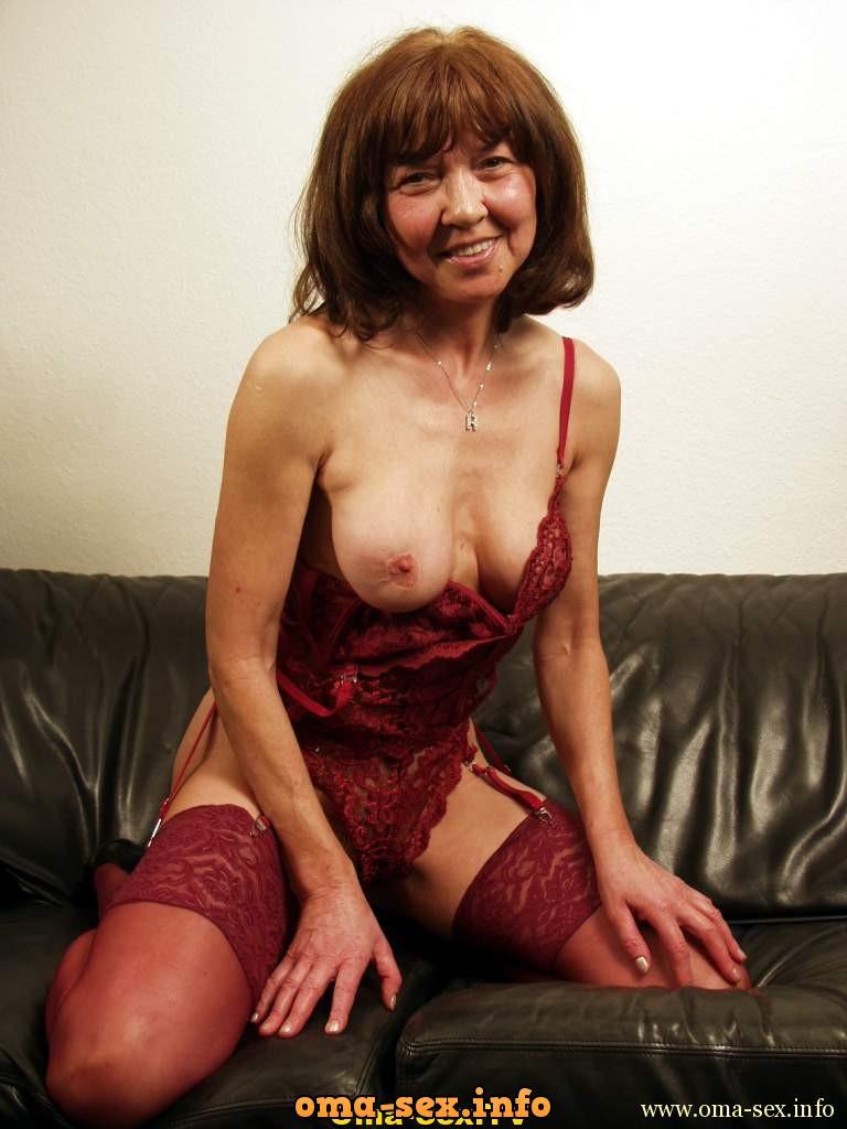 Oma sucht Sextreffs