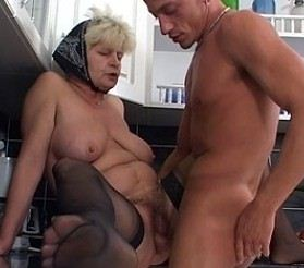 Triff und ficke alte Frauen